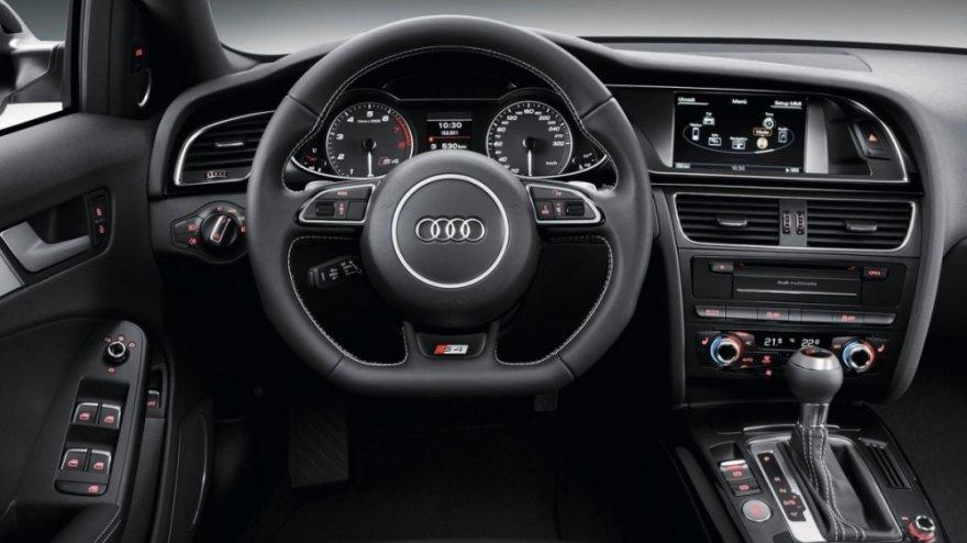 Audi_A4 Avant_S4