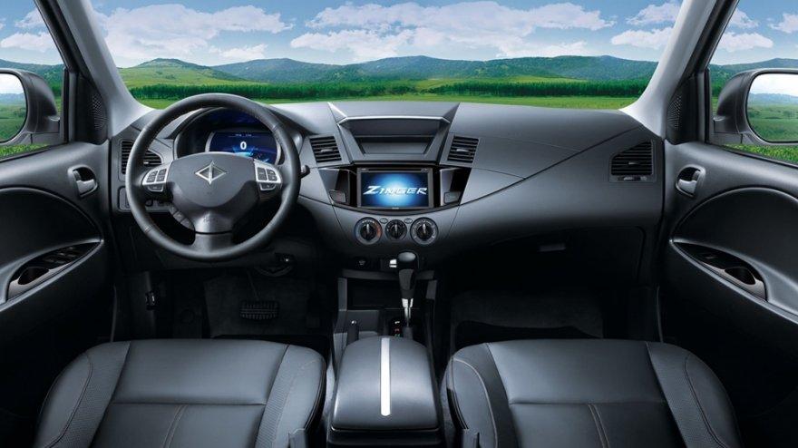 2019 Mitsubishi Zinger 2.4豪華型