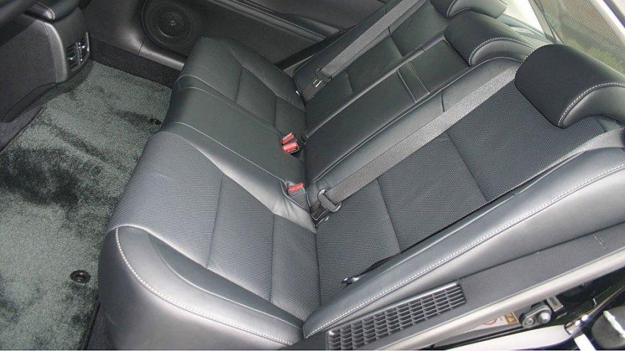 Lexus_ES_300h豪華版