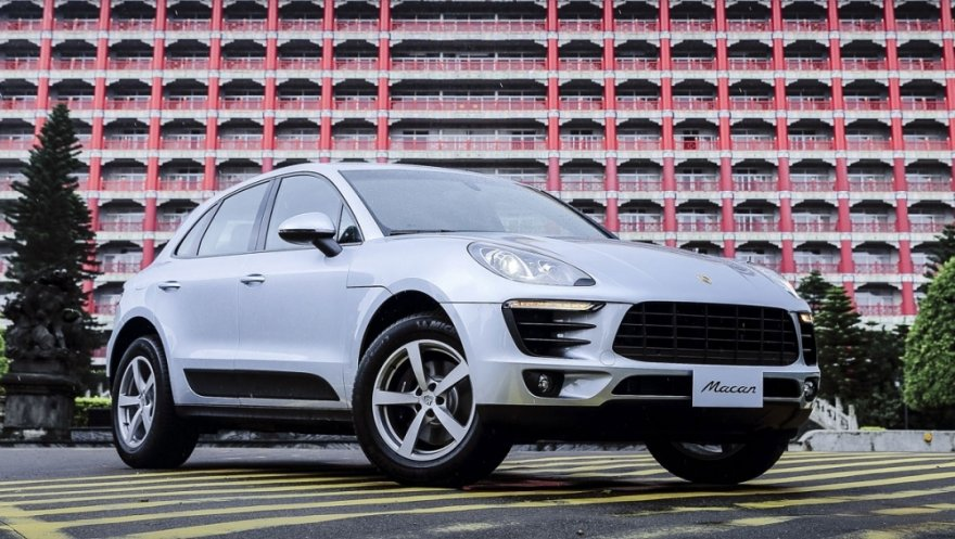 Porsche_Macan_Lite Package
