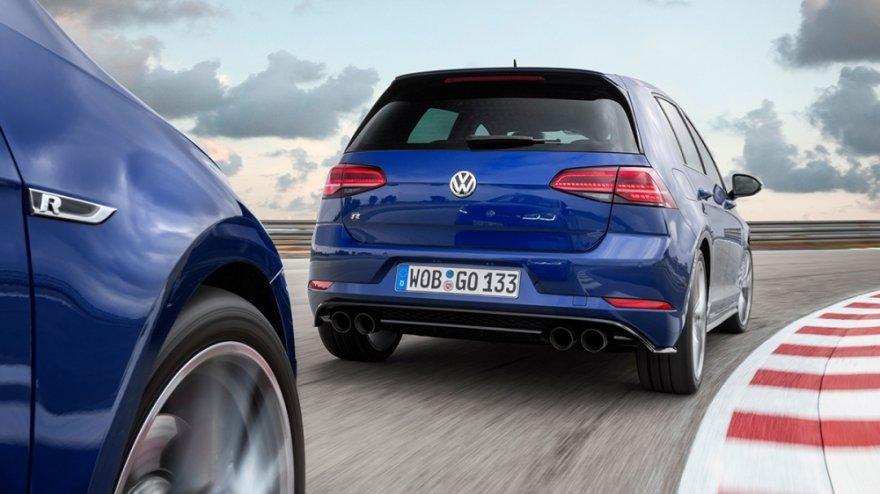 Volkswagen_Golf(NEW)_R