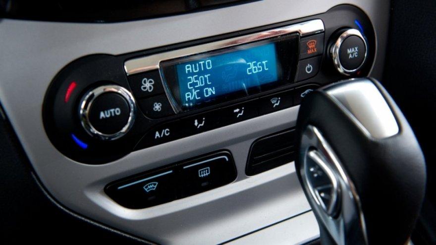 Ford_Focus 5D_2.0汽油時尚經典型