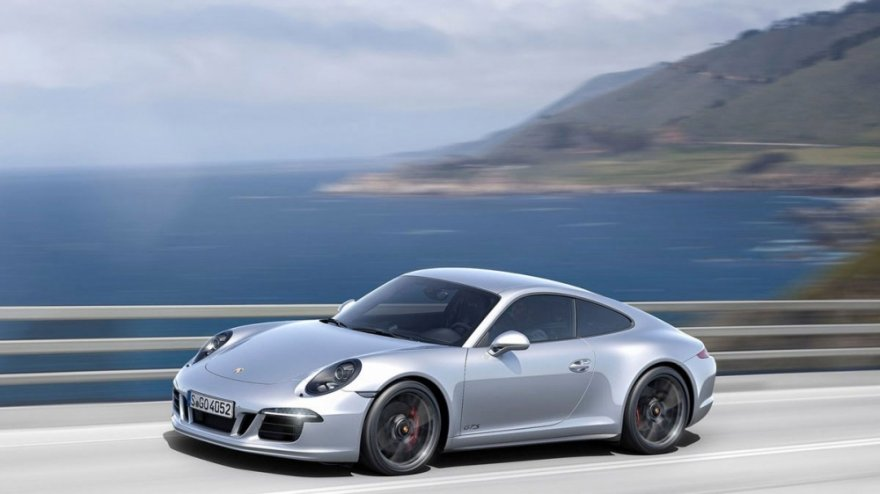 Porsche_911 Carrera_GTS Coupe