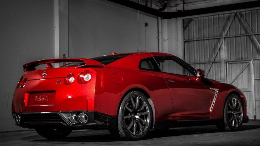 Nissan_GT-R_3.8
