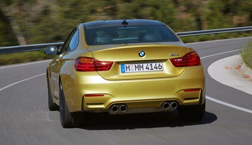 BMW_4-Series_M4手排版