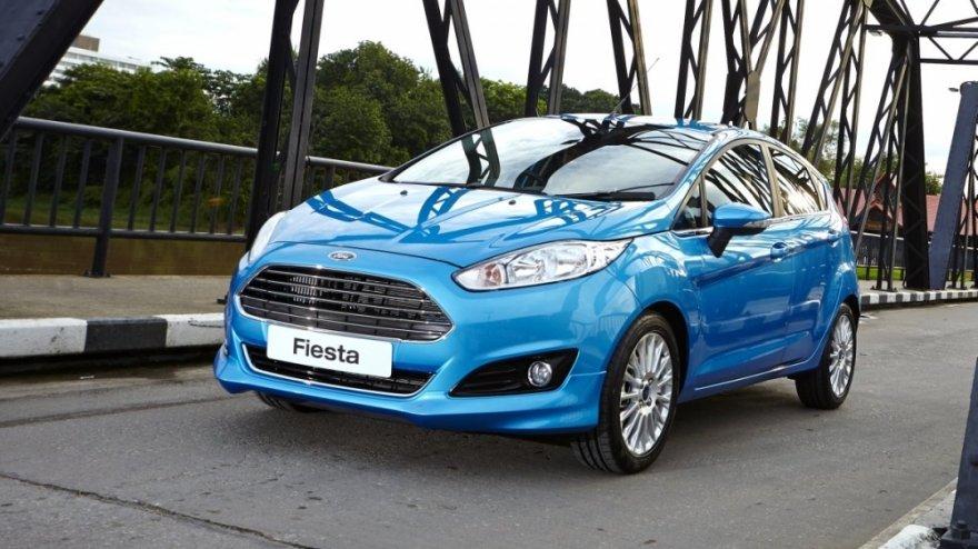 Ford_Fiesta_1.5運動型