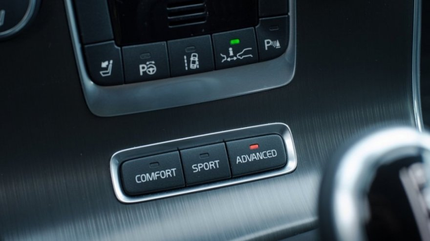 Volvo_V60_D4 豪華版