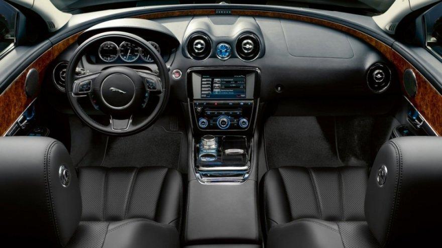 Jaguar_XJ_L V6 S/C  Premium Luxury