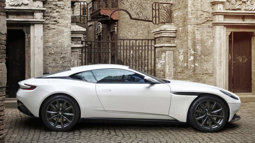 Aston Martin_DB11_4.0 V8