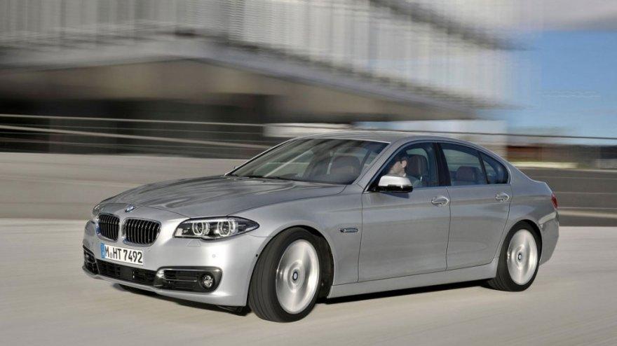 2014 BMW 5-Series Sedan 530d Modern Line