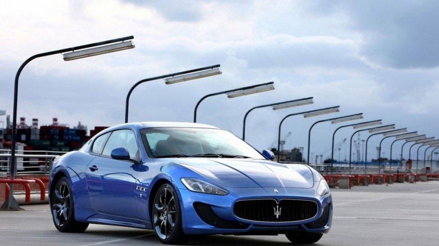 2015 Maserati GranTurismo 4.7 Sport Auto