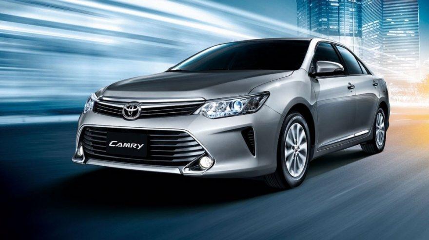 2018 Toyota Camry 2.0豪華