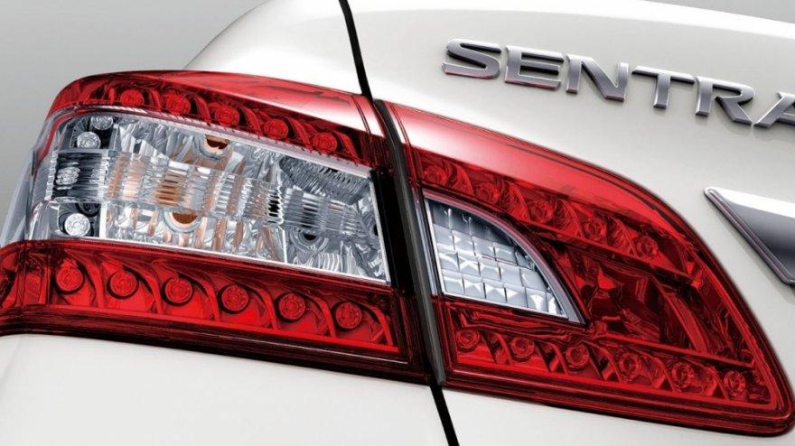 Nissan_Sentra_1.8 豪華環景版