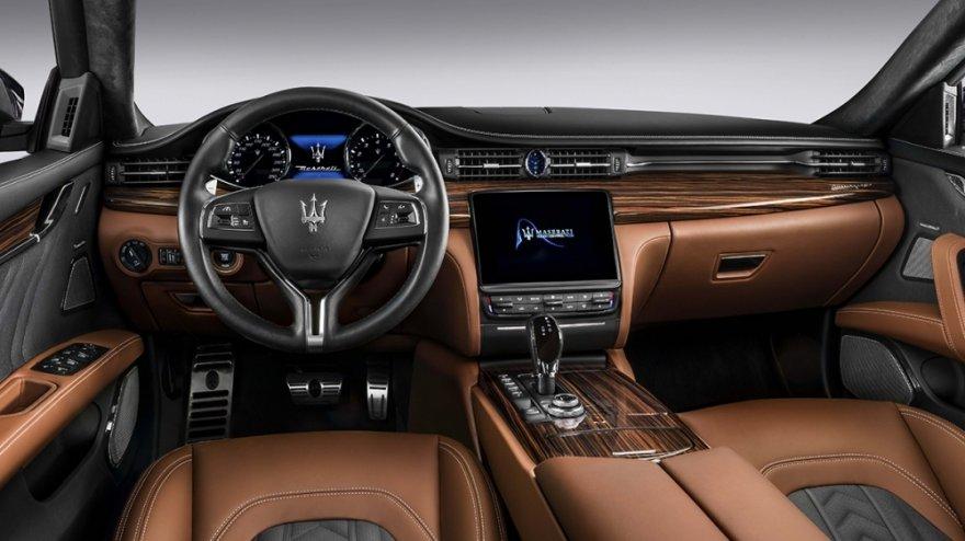 Maserati_Quattroporte_Standard