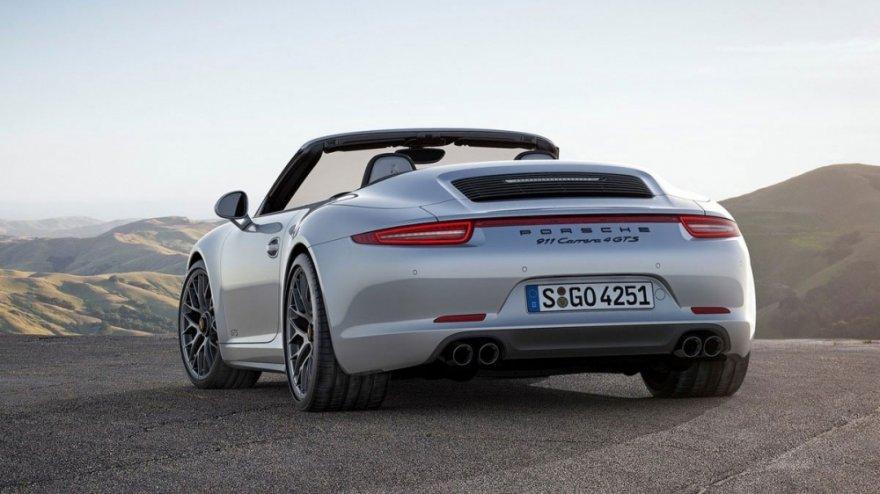 Porsche_911 Carrera 4_GTS Cabriolet