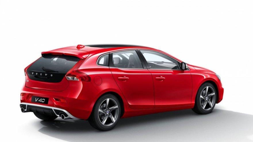 Volvo_V40_D4 R-Design