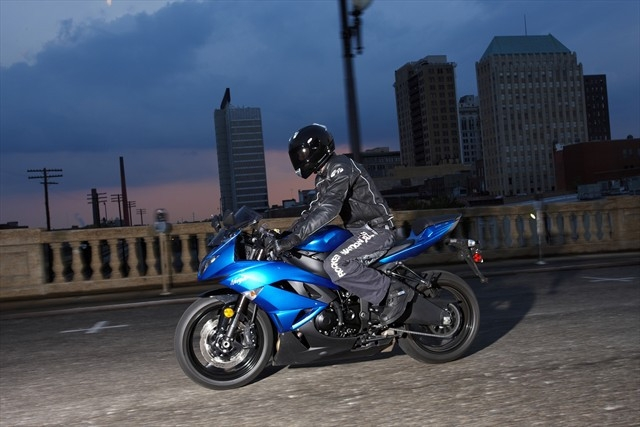 Kawasaki_ZX_6R