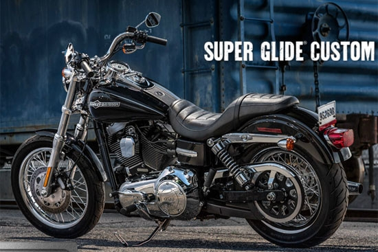 Harley-Davidson_Dyna_Super Glide Custom