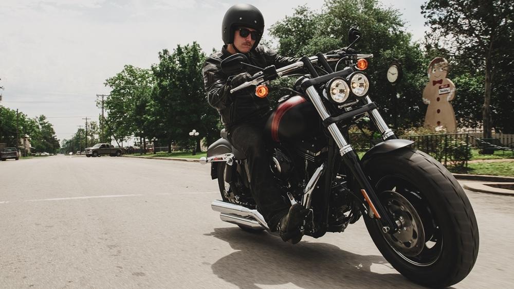 Harley-Davidson_Dyna_Fat Bob