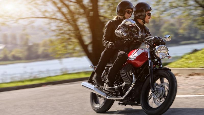 Moto Guzzi_V7  II_Special