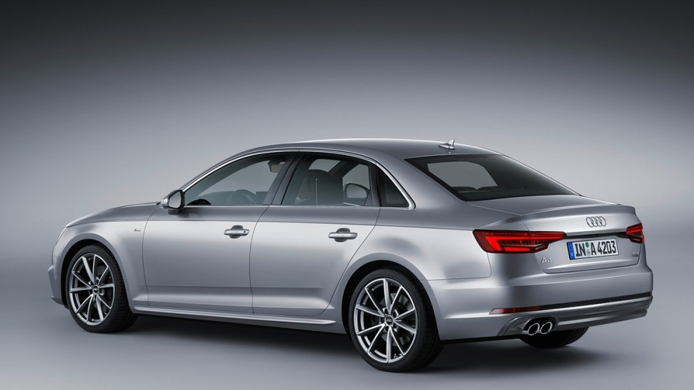 Audi_A4 Sedan_30 TFSI Luxury