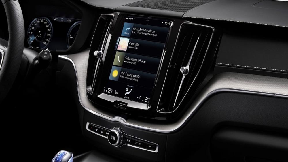 Volvo_XC60_T6 R-Design
