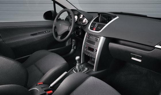 Peugeot_207_1.6 3D