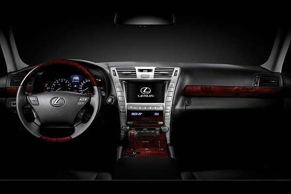 Lexus_LS_460 標準豪華型