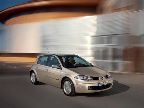 Renault_Megane Hatch_1.9 dCi Turbo