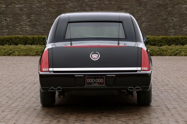 Cadillac_DTS_4.6 Armor 川普