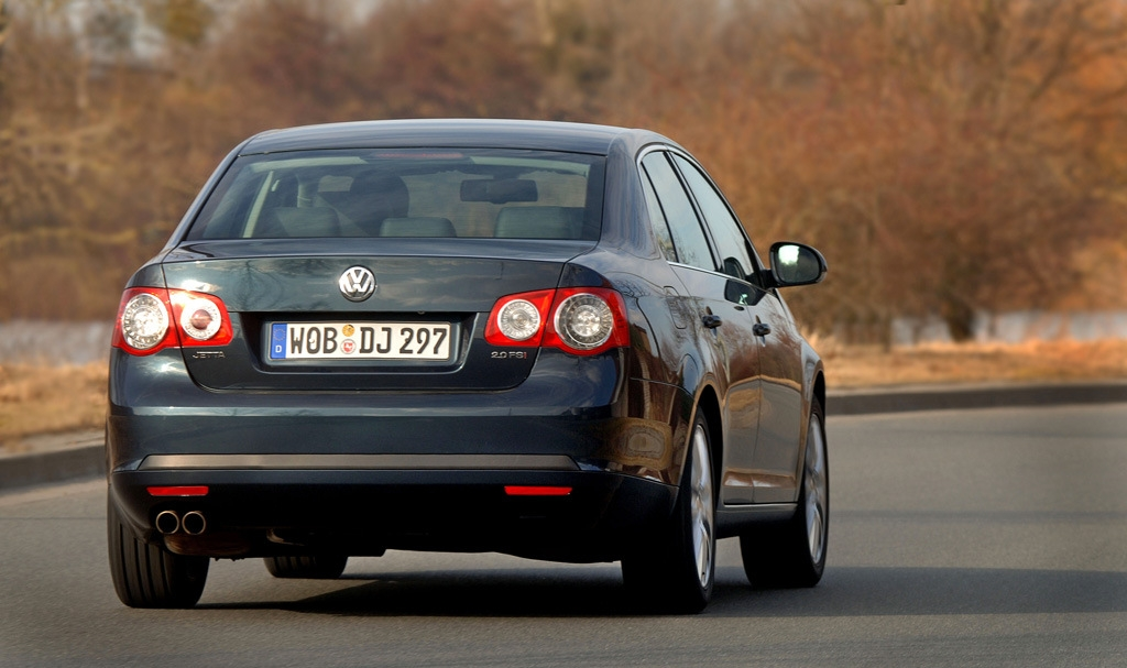 Volkswagen_Jetta_2.0 TDI