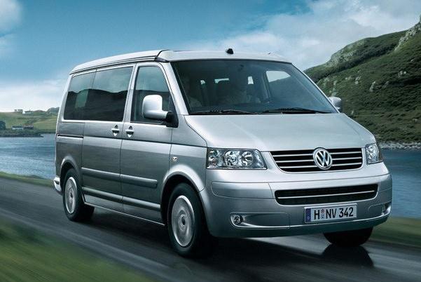 Volkswagen_T5_California 2.5 TDI