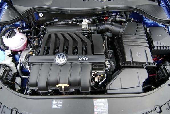 Volkswagen_Passat Variant R36_3.6
