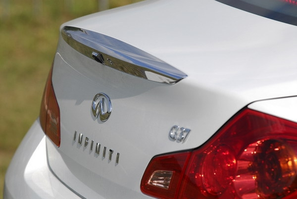 Infiniti_G Sedan_37