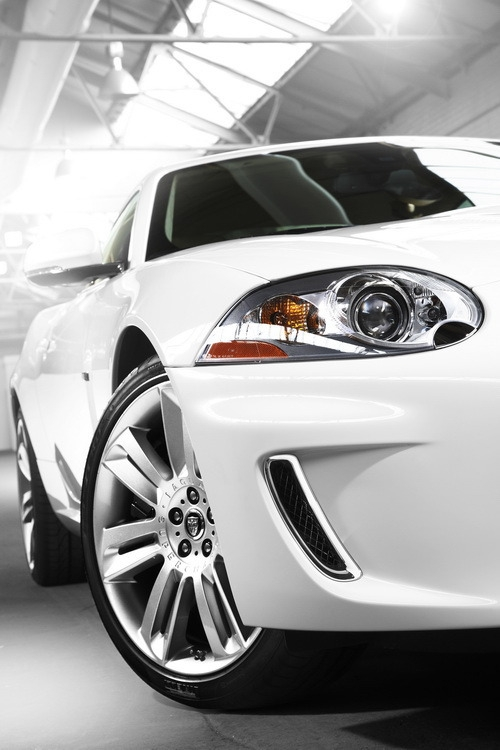 Jaguar_XKR_5.0 V8 SC