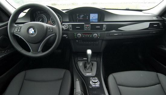 BMW_3-Series Sedan_323i