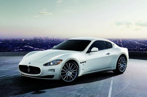 Maserati_Gran Turismo_S Automatic