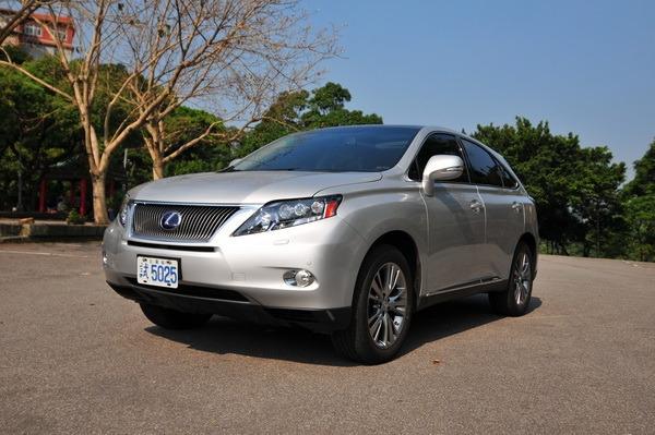 Lexus_RX_450h