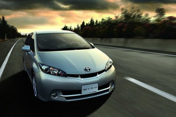 Toyota_Wish_2.0 J