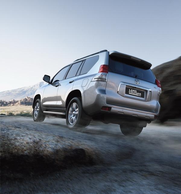 Toyota_Land Cruiser_Prado 4.0 VX