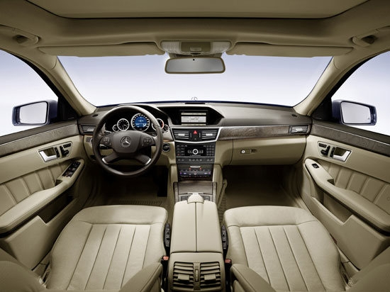 M-Benz_E-Class Sedan_E300 Elegance