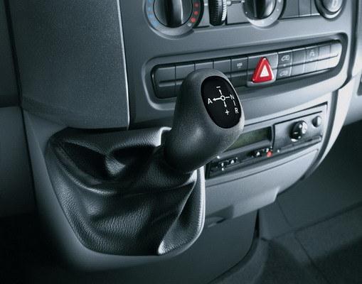 Volkswagen_Crafter_30 Kombi 2.5 TDI MWB