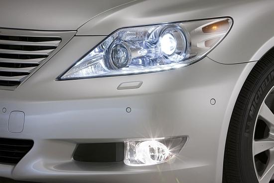 Lexus_LS_460