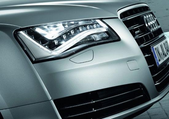 Audi_A8_V6