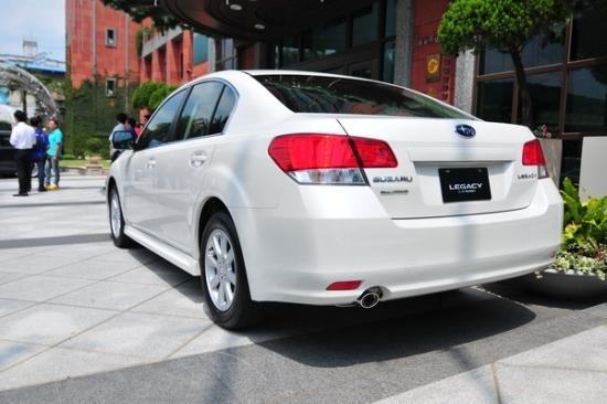Subaru_Legacy Sedan_2.5 GT