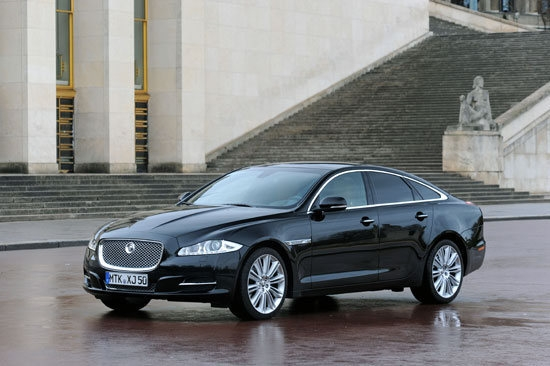 Jaguar_XJ_5.0 V8 LWB Portfolio