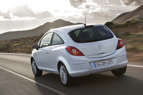 Opel_Corsa_1.4 3D Elegance