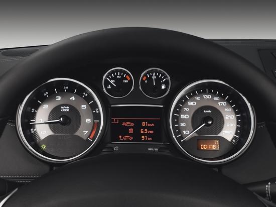 Peugeot_RCZ_THP 156