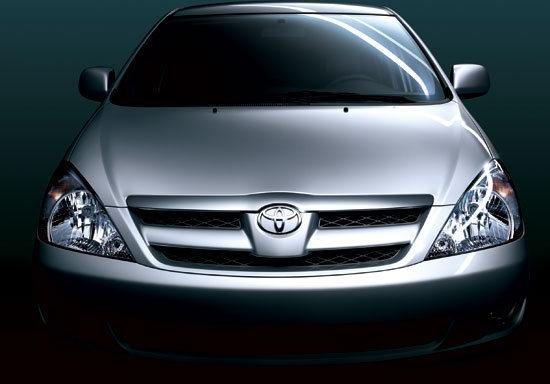 Toyota_Innova_2.0 J自排