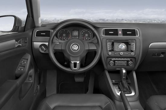 Volkswagen_Jetta_1.4 TSI CL